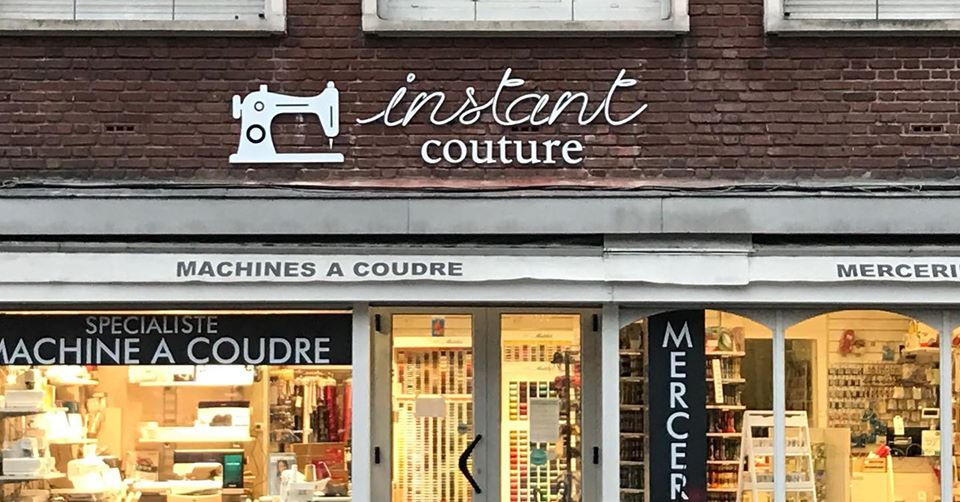 Enseigne magasin Instant Couture